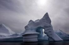 على نفسها جنت براقش...القطب الشمالي يُغرق العالم في غضون 20 ...