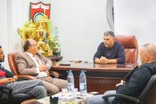 الإسلامي الفلسطيني يدعم نادي شباب الخليل