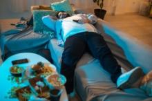 أسباب تعرّق الجسم وشعوره بالنعاس عند وبعد تناول وجبة لحوم ...