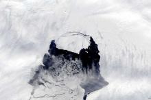 نهران جليديان في أنتاركتيكا يهددان برفع منسوب المياه في المحيطات