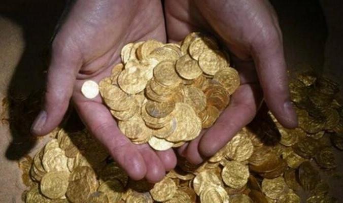 """كيف جلب إعصار """"نيفار"""" الذهب لسكان الهند؟"""