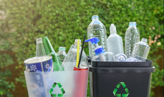 وُضعت من أجل أن تقرأها أنت.. ماذا تعني الأرقام المطبوعة داخل علامات إعادة التدوير على المنتجات البلاستيكية؟