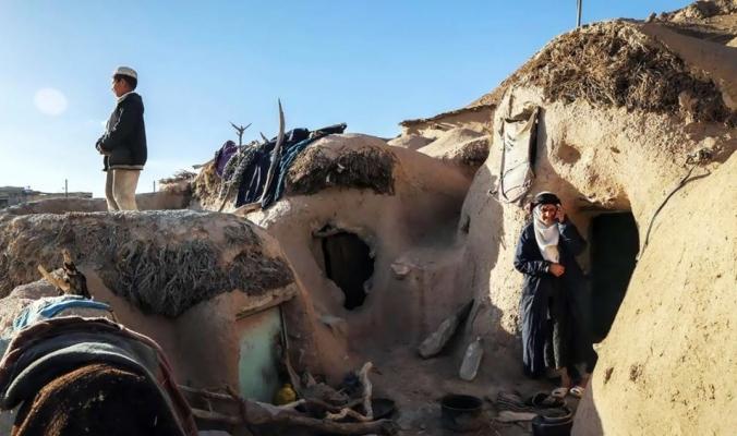 ماخونيك.. أرض الأقزام في إيران