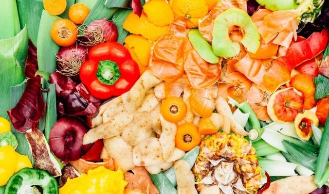 منها البطاطس والبصل.. فوائد لا تحصى لقشور هذه الفواكه والخضراوات