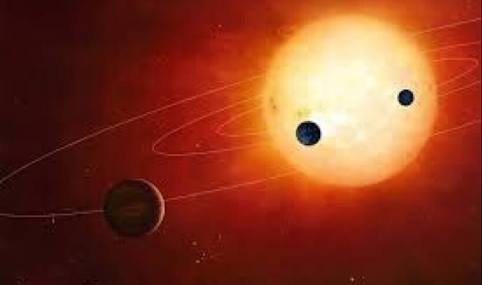 العلماء يكتشفون السر.. نجوم شبيهة بالشمس تأكل كواكبها