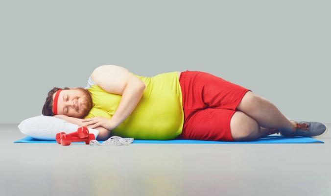 النوم طريقك لفقدان الوزن.. ولكن احذر من 5 خرافات