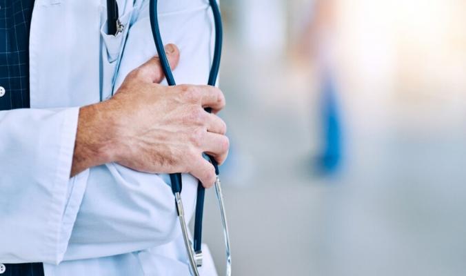"""أصولها لاتينية ولم تكن تشير إلى الأطباء.. إليكم حكاية كلمة """"دكتور"""""""