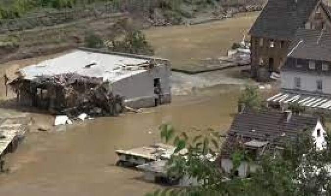 فيضانات أوروبا.. أكثر من 100 قتيل في ألمانيا وتحذير من كارثة ببلجيكا وفرار الآلاف في هولندا