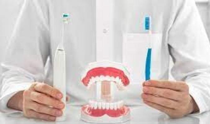 أسرع فرشاة أسنان في العالم فرنسية.. تنظف جميع الأسنان بوقت واحد في 10 ثوانٍ