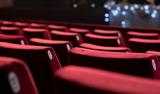 فيلم رعب بتكلفة صفر دولار يتصدر شباك التذاكر في الولايات المتحدة