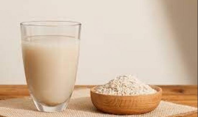 فوائد لا تعرفها لماء الأرز: بديل لمشروبات الطاقة ومكمل غذائي للنباتات