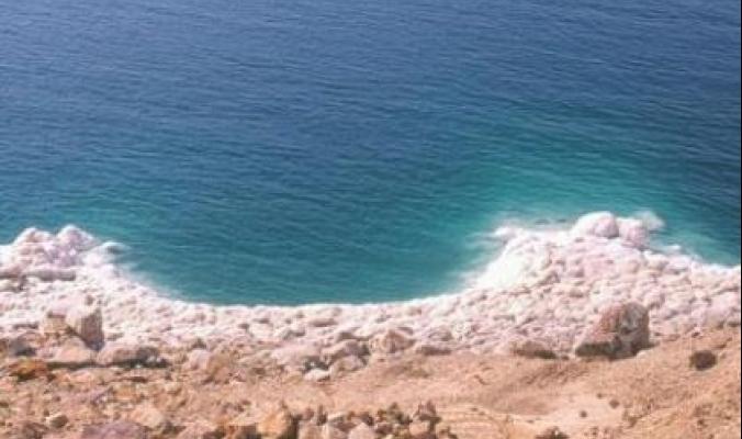 نهر الأردن بات اليوم خوراً سقيماً... والبحر الميت يتعرض لحالة موت مذهلة