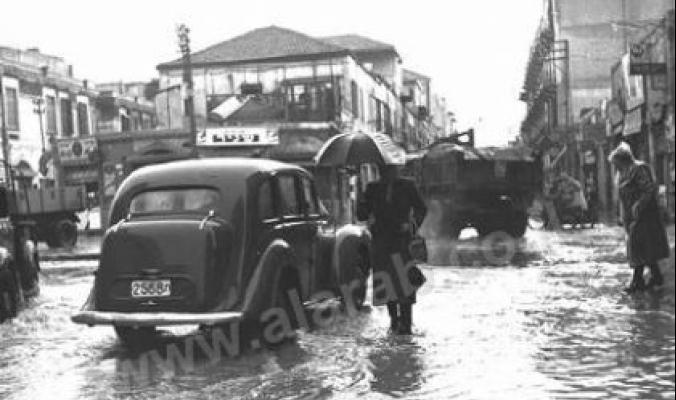 صورة نادرة لمدخل مدينة يافا عام 1952 في الشتاء