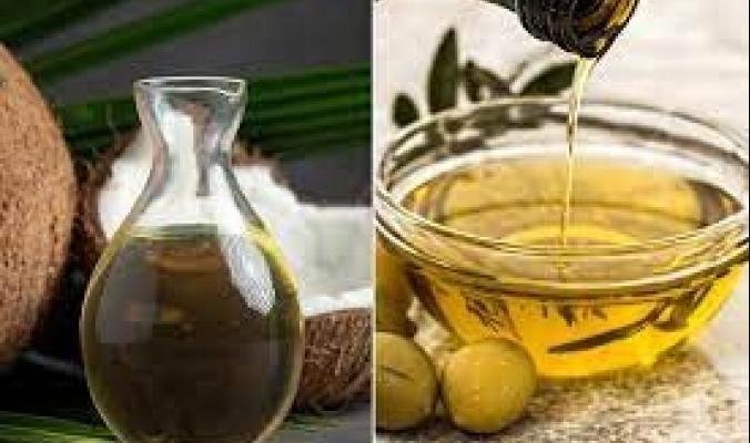 أيهما أفضل للطهي الصحي.. زيت جوز الهند أو زيت الزيتون؟