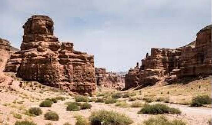 تلال شارين كانيون.. سجل نادر لتغير المناخ على مدى 5 ملايين عام