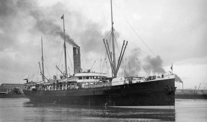 قصة السفينة (إس إس واريمو) الغريبة، التي فاتها رأس السنة ولكنها ربحت قرنين من الزمن