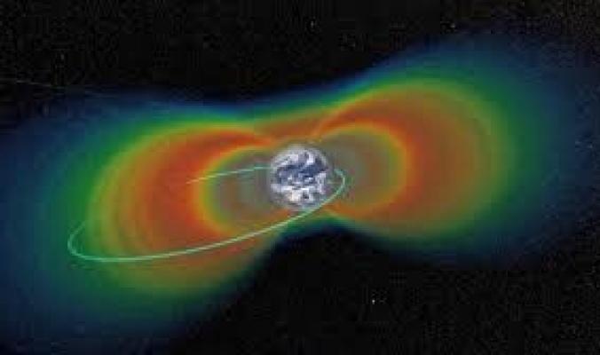كيف يسافر البشر إلى الفضاء مع وجود هذا الحزام الإشعاعي القاتل؟
