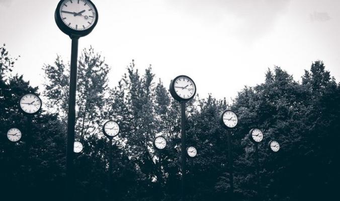 الأرض تخسر نصف ثانية من وقتها والعلماء يفكرون بحل يعيد الوقت إلى مسارi