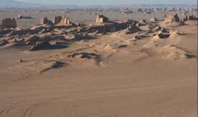 سجلت 80.8 مئوية.. صحراء لوط الإيرانية تتربع على عرش أكثر صحاري العالم حرارة