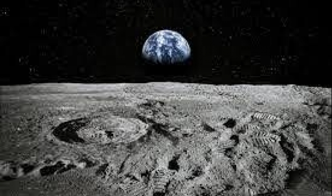شركة بريطانية تحوِّل صخور القمر إلى أكسجين ومواد بناء