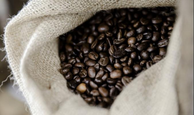 موجة صقيع في البرازيل تقفز بأسعار القهوة لأعلى مستوى في 7 سنوات