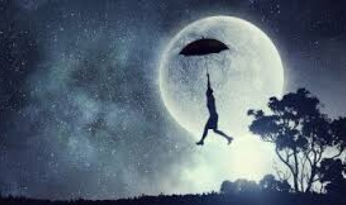 تحلم بأنك مطارد أو أنك تطير أو تتساقط أسنانك؟ إليك التفسير العلمي لأكثر الأحلام شيوعاً بين الناس