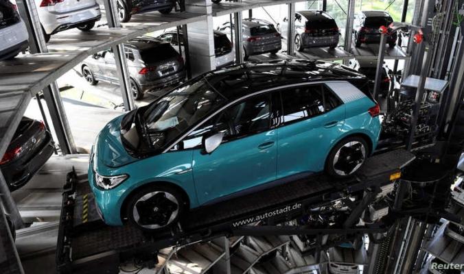هل تفكر بشراء سيارة كهربائية؟ معلومات ستدهشك