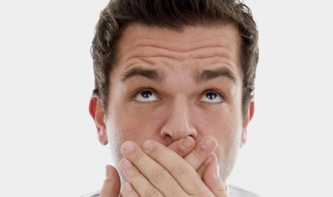 قد تكون مؤشراً لإصابتك بفشل كلوي أو أورام الأنف الحميدة، أسباب غير متوقعة لوجود رائحة كريهة في الأنف