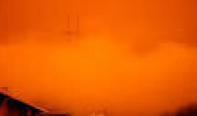 تحذيرات من تحد كبير غير مسبوق.. 20 ألف إطفائي يكافحون حرائق الغرب الأميركي