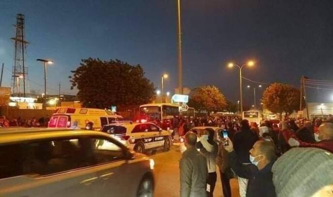 صباح دموي .. حادث سير ودهس مروع لعمال فلسطينيين على حاجز 300
