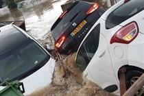 مصرع إسرائيلي في الفيضانات التي ضربت الساحل الاوسط لفلسطين