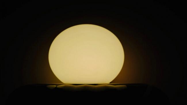 فيديو ممتع يُظهر ما سيحدث إذا أسقطت كرة على كواكب مختلفة!