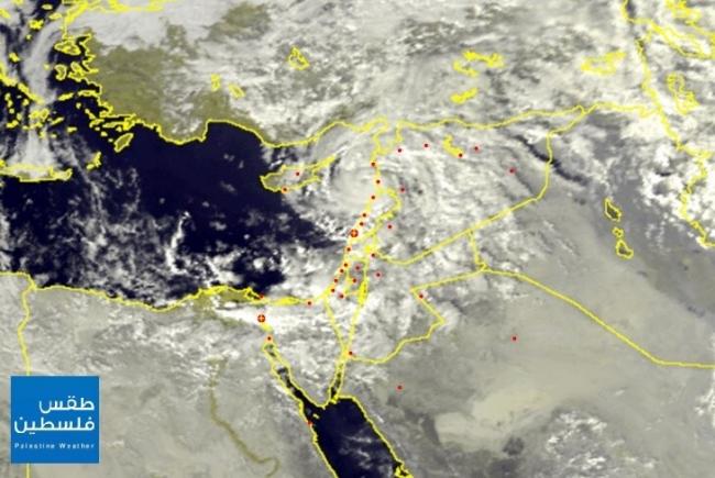 الأقمار الصناعية عصر اليوم ترصد تجدد الهطولات المطرية خلال الساعات القادمة بمشيئة الله