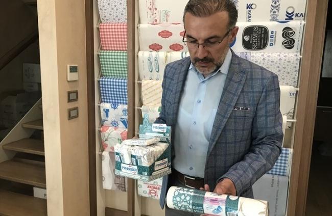 سجادة صلاة تركية لاستخدام واحد تلقى رواجا محليا وعربيا (شاهد)