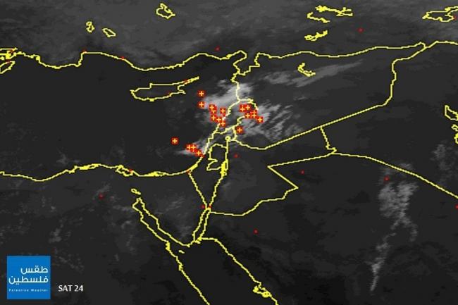 الأقمار الصناعية ترصد سحابة رعدية ركامية قوية قبالة يافا | 1/10/2014