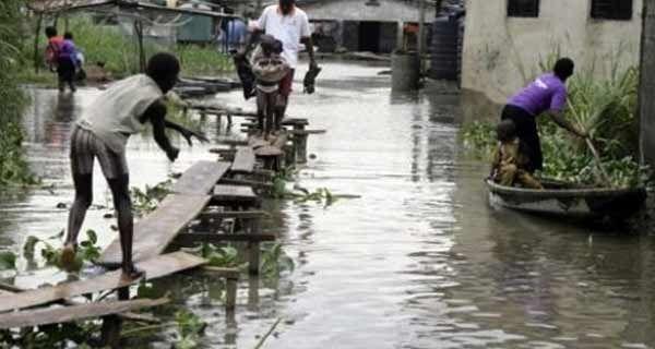 مصرع 14 شخصا في فيضانات جديدة بنيجيريا