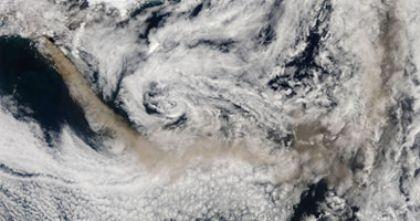 الغبار البركاني يهدد سماء اوروبا ويسجن عشرات الآلاف