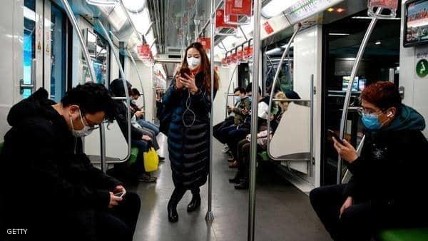 """ما قصة الألوان """"الأخضر والأصفر والأحمر"""" في هواتف الصينيين؟"""