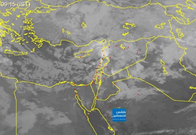 صور الأقمار الصناعية: السحب الركامية القادمة الى فلسطين تزداد روعةً وتألقاً وتميزاً
