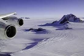 ذوبان التربة الصقيعية للمنطقة القطبية الشمالية يطلق نفايات مشعة وفيروسات نائمة