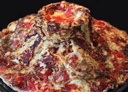 أول بيتزا مخبوزة في الحمم البركانية... بالفيديو