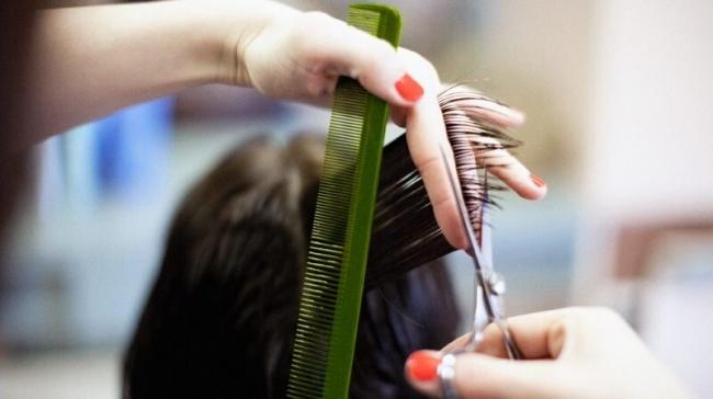 لماذا ينمو شعر الرأس بكثافة أكثر من باقي الجسم؟