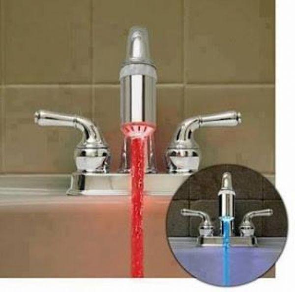 ابتكار ياباني يقوم بتلوين الماء حسب درجة حرارته