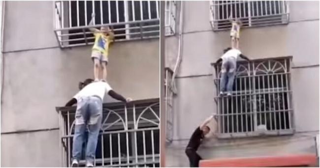 فيديو المرأة المعلقة.. شاهد أمًا تجعل جسدها درعًا يحمي طفلة