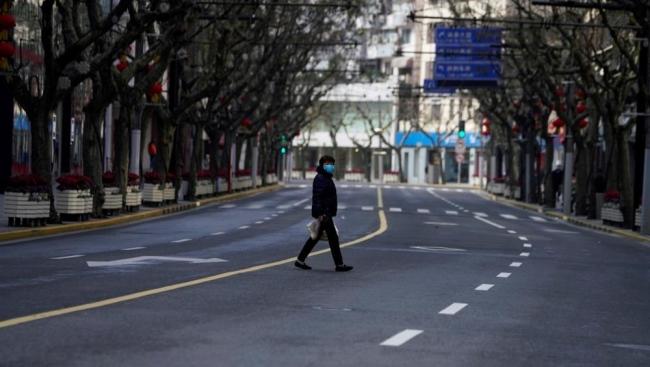 بسبب فيروس كورونا.. شاهد كيف تحولت شنغهاي لمدينة أشباح