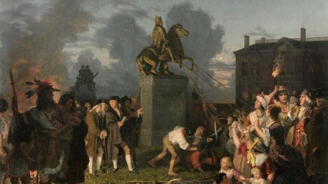 منذ قرون.. ظهرت عادة مهاجمة التماثيل بأميركا