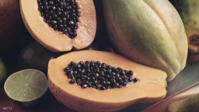 هل تعرف الفاكهة ذات الغلاف الأخضر؟.. إليك أبرز فوائدها